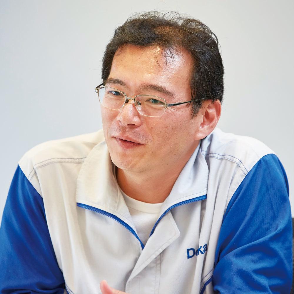 内田 靖隆
